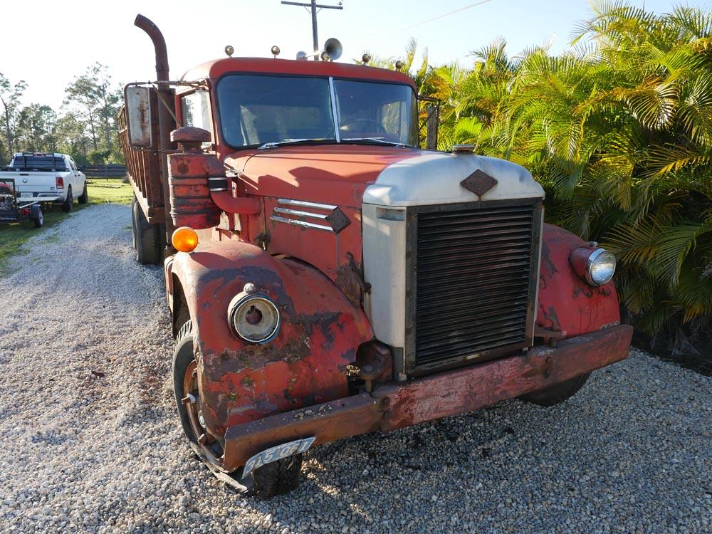 Diamond t truck restoration